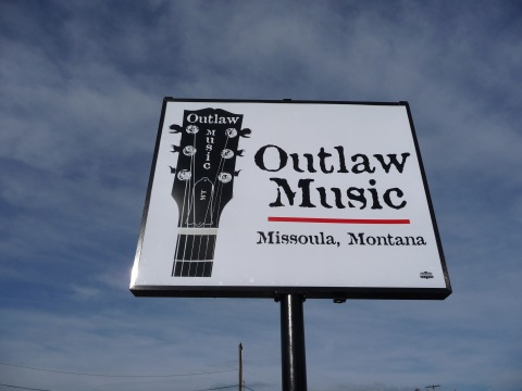 Outlaw pole sign
